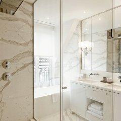 Отель Grand Hôtel Du Palais Royal ванная фото 4