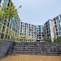 Отель The Base Up Town Condo By Favstay Таиланд, Пхукет - отзывы, цены и фото номеров - забронировать отель The Base Up Town Condo By Favstay онлайн парковка
