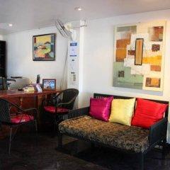 Отель Room Club The Bed Suite комната для гостей фото 4