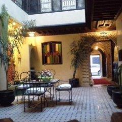 Отель Riad Boutouil фото 4