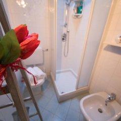 Отель B&B Il Girasole Италия, Аоста - отзывы, цены и фото номеров - забронировать отель B&B Il Girasole онлайн ванная