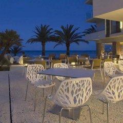 Отель Melbeach Hotel & Spa - Adults Only Испания, Каньямель - отзывы, цены и фото номеров - забронировать отель Melbeach Hotel & Spa - Adults Only онлайн гостиничный бар