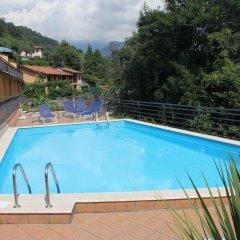 Отель Residenza Ai Ronchi Lago Maggiore Макканьо бассейн