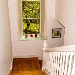 Апартаменты Greyfriars Apartments комната для гостей фото 3