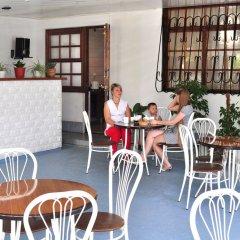 Гостиница Гостевой дом Александра в Сочи 3 отзыва об отеле, цены и фото номеров - забронировать гостиницу Гостевой дом Александра онлайн питание