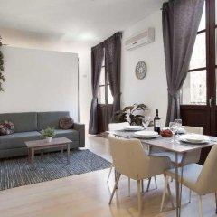 Апартаменты N49 Barcelona Apartments комната для гостей