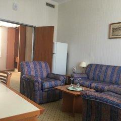 Каравелла отель комната для гостей