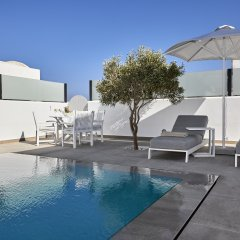 Отель Tramonto Private Villa Греция, Остров Санторини - отзывы, цены и фото номеров - забронировать отель Tramonto Private Villa онлайн бассейн фото 3