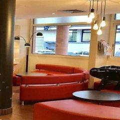 Отель ibis Nice Palais des Congrès Франция, Ницца - 1 отзыв об отеле, цены и фото номеров - забронировать отель ibis Nice Palais des Congrès онлайн интерьер отеля фото 2