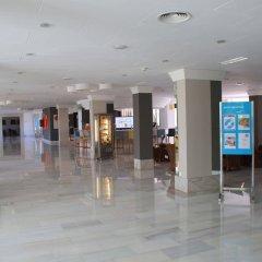 Отель JS Alcudi Mar интерьер отеля фото 2