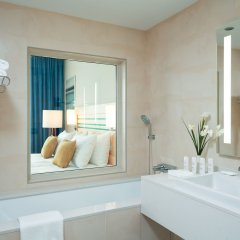 Гостиница Radisson Blu Челябинск ванная