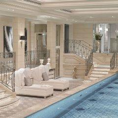 Отель Four Seasons George V Париж бассейн фото 3