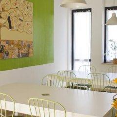 Отель La Sosta Solidale Италия, Милан - отзывы, цены и фото номеров - забронировать отель La Sosta Solidale онлайн интерьер отеля