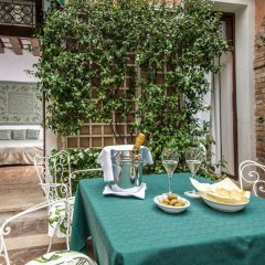 Отель Giorgione Италия, Венеция - 8 отзывов об отеле, цены и фото номеров - забронировать отель Giorgione онлайн питание