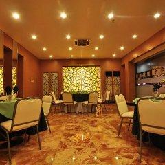 Отель Palm Grove Hotel Филиппины, Манила - отзывы, цены и фото номеров - забронировать отель Palm Grove Hotel онлайн питание фото 3