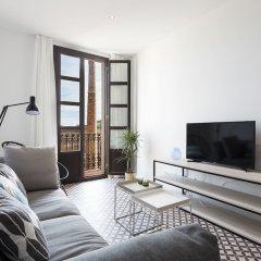 Апартаменты Aspasios Poblenou Apartments комната для гостей фото 5