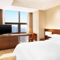 Отель Four Points By Sheraton Seoul, Namsan комната для гостей фото 4
