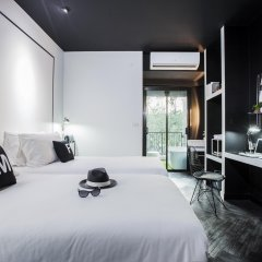 Blu Monkey Hub and Hotel Phuket 4* Номер Делюкс с различными типами кроватей