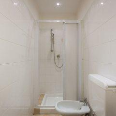 Отель Cozy Santa Croce Италия, Флоренция - отзывы, цены и фото номеров - забронировать отель Cozy Santa Croce онлайн ванная фото 2