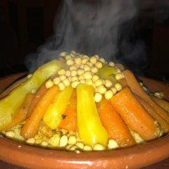 Отель Chez Belkacem Марокко, Мерзуга - отзывы, цены и фото номеров - забронировать отель Chez Belkacem онлайн питание