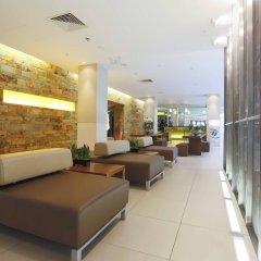 Отель Hilton London Canary Wharf интерьер отеля