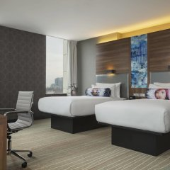 Гостиница Aloft Kiev комната для гостей фото 4