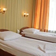 Гостиница Holiday Hotel в Калуге 1 отзыв об отеле, цены и фото номеров - забронировать гостиницу Holiday Hotel онлайн Калуга комната для гостей фото 2