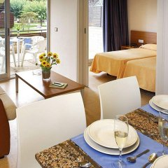 Отель Aparthotel Comtat Sant Jordi в номере