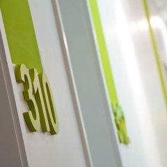 Отель Wyndham Garden Düsseldorf City Centre Königsallee Германия, Дюссельдорф - отзывы, цены и фото номеров - забронировать отель Wyndham Garden Düsseldorf City Centre Königsallee онлайн интерьер отеля фото 2