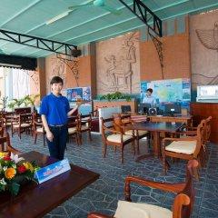 Отель Gray Line Private Luxury Cruise гостиничный бар