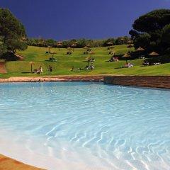 Отель Prainha Clube Португалия, Портимао - отзывы, цены и фото номеров - забронировать отель Prainha Clube онлайн бассейн фото 2