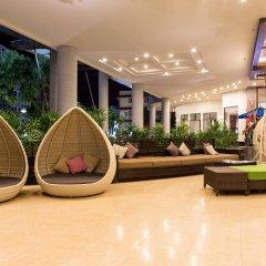 Отель Deevana Plaza Phuket интерьер отеля