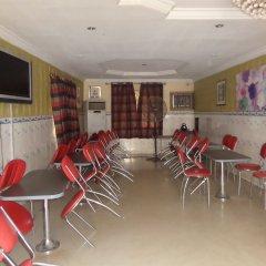 Kamkaa Hotel & Suites гостиничный бар