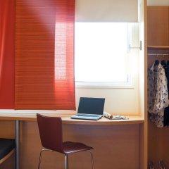 Отель ibis Barcelona Aeropuerto Viladecans удобства в номере фото 2