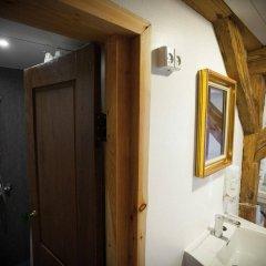 Отель Bedwood Hostel Дания, Копенгаген - 5 отзывов об отеле, цены и фото номеров - забронировать отель Bedwood Hostel онлайн ванная фото 2