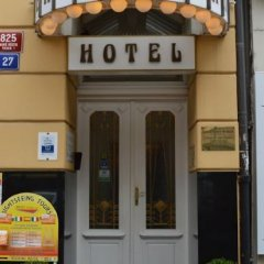 Отель Meran Чехия, Прага - 7 отзывов об отеле, цены и фото номеров - забронировать отель Meran онлайн вид на фасад фото 2