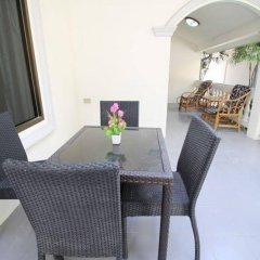 Апартаменты New Nordic Villas & Apartment by Pattaya Sunny Rentals Паттайя балкон