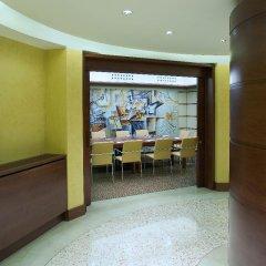 Отель UNAHOTELS Cusani Milano парковка