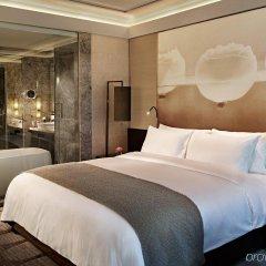 Отель Grand Mercure Phuket Patong комната для гостей фото 5