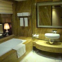 Отель Guangzhou Ming Yue Hotel Китай, Гуанчжоу - отзывы, цены и фото номеров - забронировать отель Guangzhou Ming Yue Hotel онлайн ванная фото 2