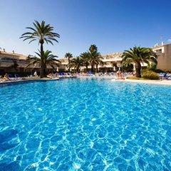 Отель SunConnect Los Delfines Hotel Испания, Кала-эн-Форкат - отзывы, цены и фото номеров - забронировать отель SunConnect Los Delfines Hotel онлайн бассейн фото 2