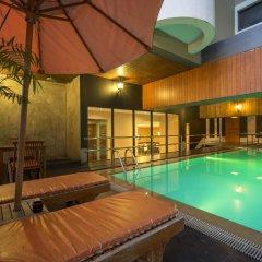 Hotel Nida Sukhumvit Prompong Бангкок бассейн