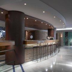 Отель Maciá Alfaros гостиничный бар