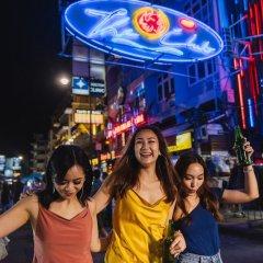 Отель Holiday Inn Express Bangkok Siam Таиланд, Бангкок - 3 отзыва об отеле, цены и фото номеров - забронировать отель Holiday Inn Express Bangkok Siam онлайн развлечения