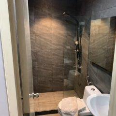 Отель Green Suites at Bel Air Soho Филиппины, Макати - отзывы, цены и фото номеров - забронировать отель Green Suites at Bel Air Soho онлайн ванная