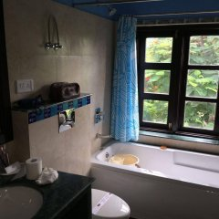 Отель Ikaki Niwas ванная фото 2