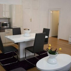 Апартаменты Luxury Downtown Apartment Vienna - Baeckerstrasse комната для гостей