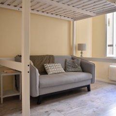 Апартаменты Renovated Studio in Paris комната для гостей фото 3
