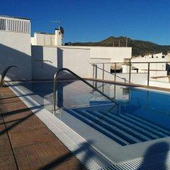 Отель Marina Испания, Курорт Росес - отзывы, цены и фото номеров - забронировать отель Marina онлайн бассейн