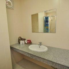 Отель Zen Rooms Chayapreuk 1 ванная